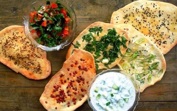 How to Make Indian Naan Bread At Home? Two-Way Recipe